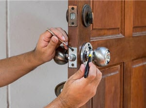 Lock replacement lock change Milngavie